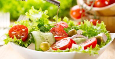 5 deliciosas ensaladas con hojas de roble verde