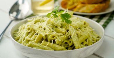 Conoce 4 platos que puedes preparar con cilantro